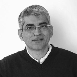 https://2021.broadcastprotechsummit.com/wp-content/uploads/2021/06/Monish-Kapoor1-320x320.jpg